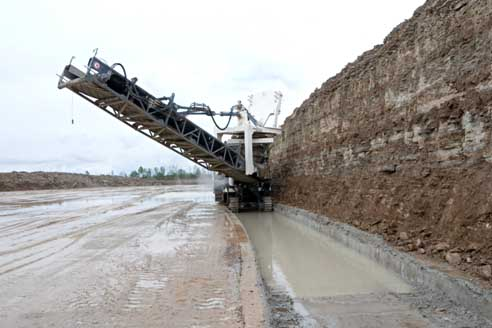 A Wirtgen cold milling machine in action in Kivoli. Image courtesy, Heikki Bauert