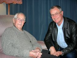 Mackie at 100, with Professor Rick Sibson (Otago), 2010 Wollaston Medallist.