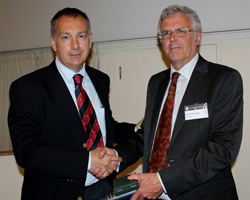 John Underhill receiving the Lyell Medal